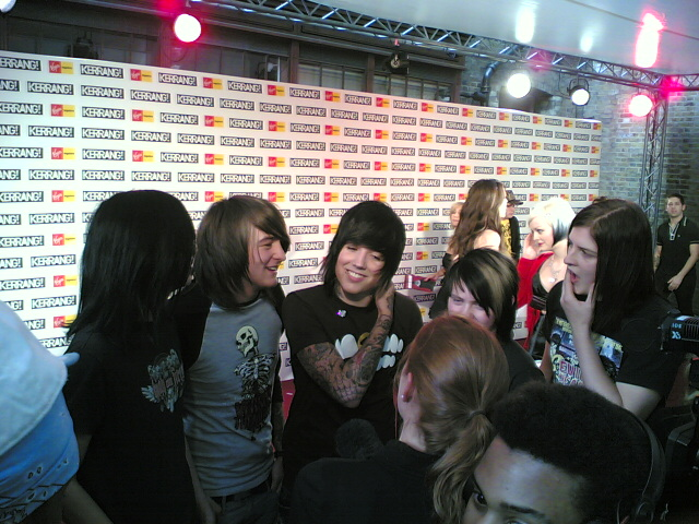 http://kerrang.typepad.com/photos/uncategorized/bring_me_the_horizon.jpg
